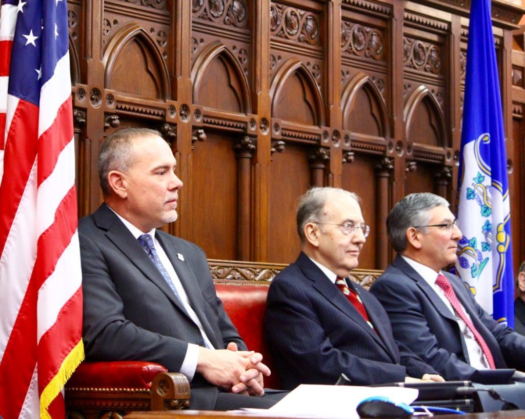 House, Senate Democrats Unable to Agree on Provisional Budget