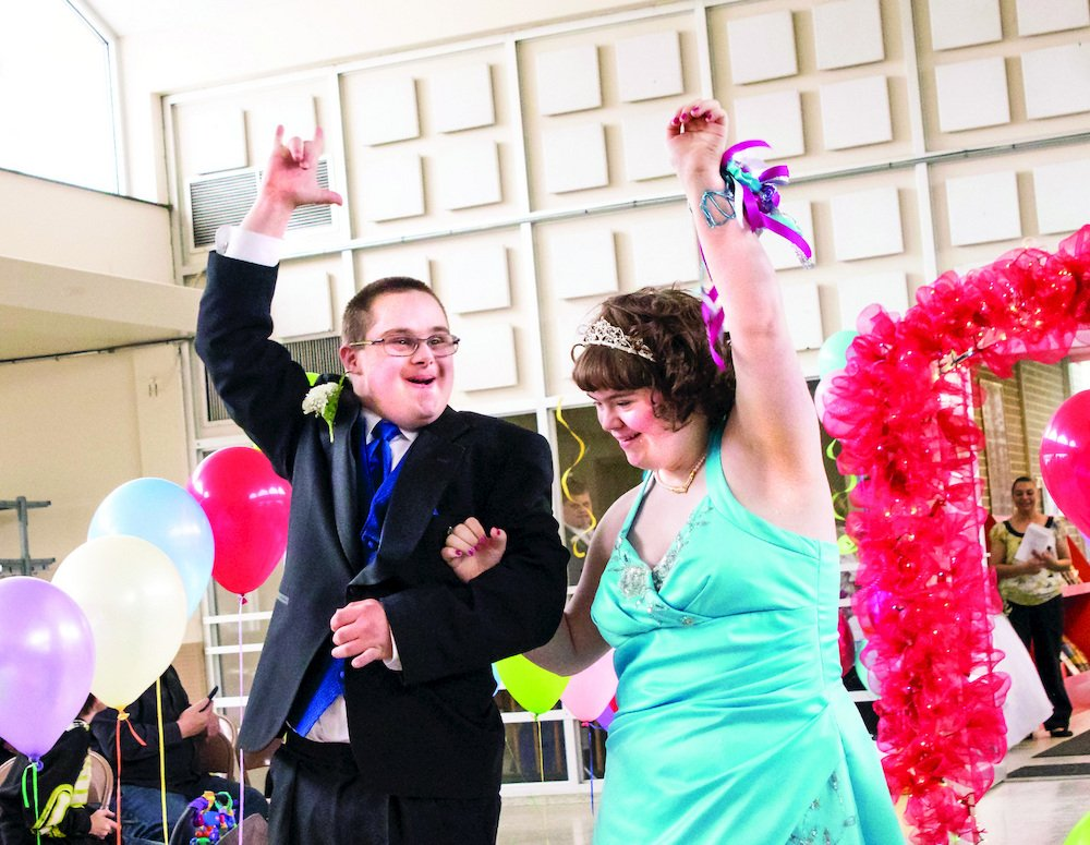 "Danbury High's Unified Prom to Bridge Gap Between ""Mainstream"" and ""Non-Mainstream"" Students"