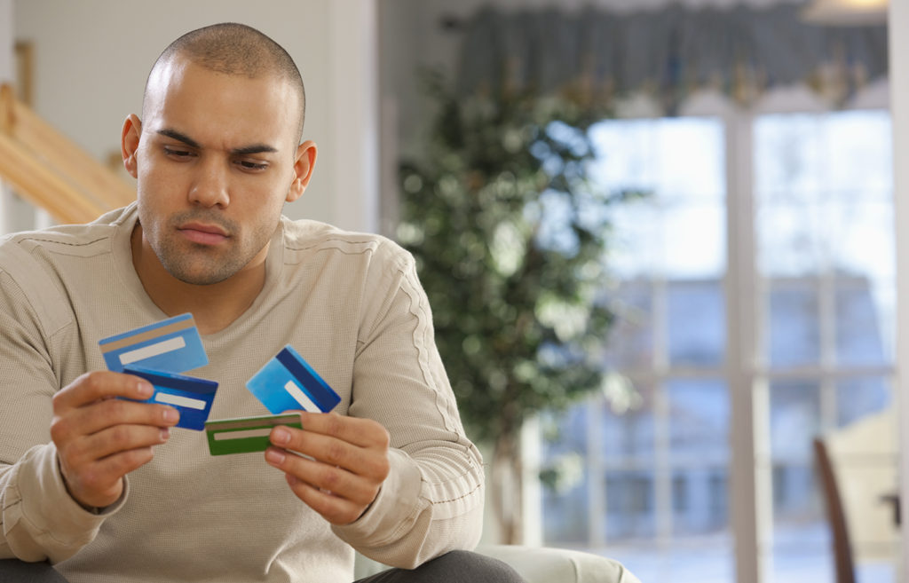 Credit Cards for People with Poor Credit Scores: 5 Things You Should Know
