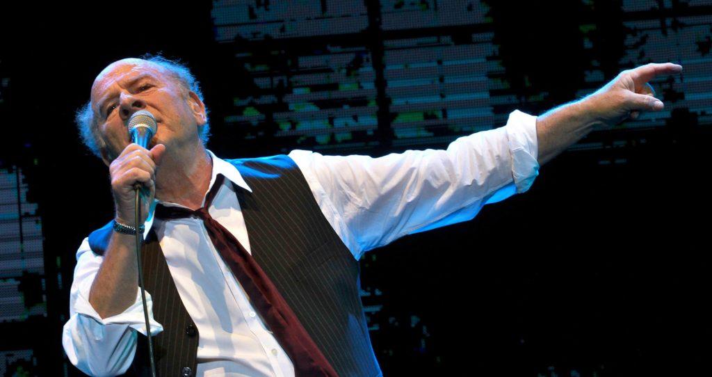 Art Garfunkel Returns to The Ridgefield Playhouse on November 2