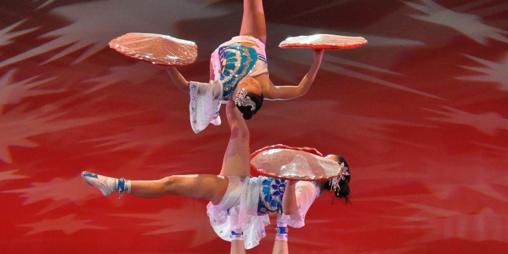 Acrobats of China: The New Shanghai Circus
