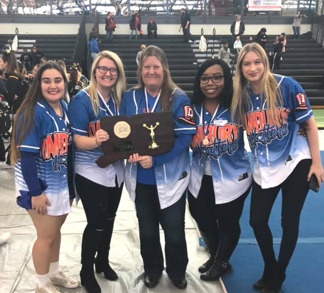 dhs-varsity-cheer-coaches-2019